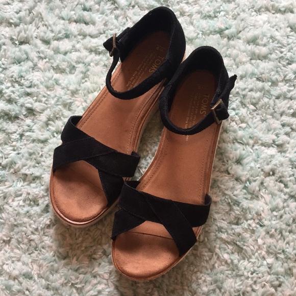 0f5b555f711b Toms Harper Wedge Sandals size 9. M 5ab94b8cfcdc31bfd5893cd7